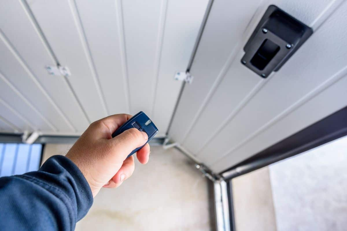 Elite Garage Door Opener Repair In, Orting WA